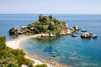Read all: How Taxi Taormina Helps You To Discover The Shining Stuffs Of Sicily