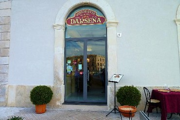 Read all: RISTORANTE DARSENA
