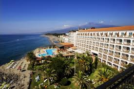 Read all: Hilton Giardini Naxos****