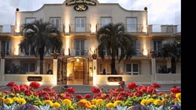 Read all: Hotel Villa  Daphne***